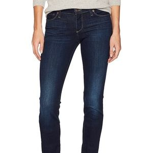 Lucky Brand Mid Rise Strait Sweet Jean 🦋